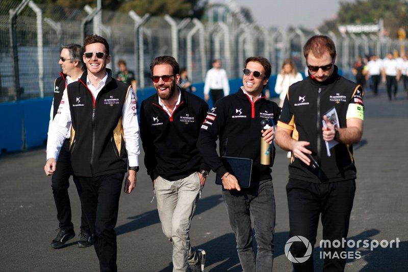 Jean-Eric Vergne, DS Techeetah, Antonio Felix da Costa, DS Techeetah walk the track with members of the team