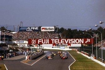 Start zum GP Japan 1990 in Suzuka: Ayrton Senna, McLaren MP4/5B, Alain Prost, Ferrari 641