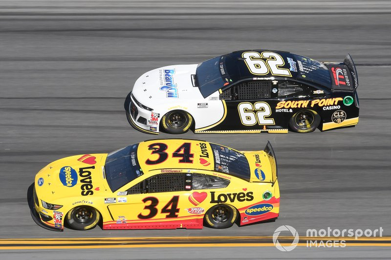 Michael McDowell, Front Row Motorsports, Ford Mustang Love's Travel Stops, Brendan Gaughan, Beard Motorsports, Chevrolet Camaro South Point