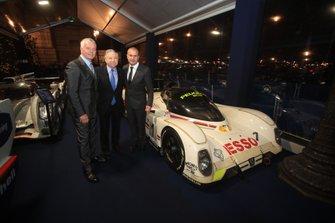 Jean Todt, FIA President, Derek Warwick, Yannick Dalmas
