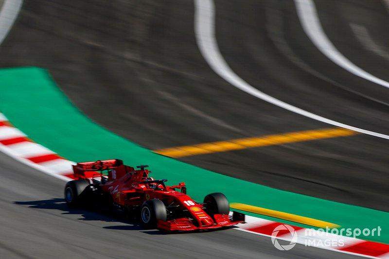 4º Charles Leclerc, Ferrari SF1000: 1:16.360 (con neumáticos C5)