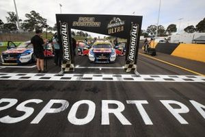 Pole sitter Jamie Whincup, Triple Eight Race Engineering Holden