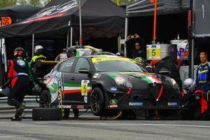 #5 Alfa Romeo Giulietta TCR, KMW Motorsports with TMR Engineering, Roy Block, Tim Lewis Jr.