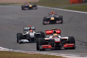 Lewis Hamilton, McLaren MP4-25 Mercedes, Michael Schumacher, Mercedes GP MGP W01