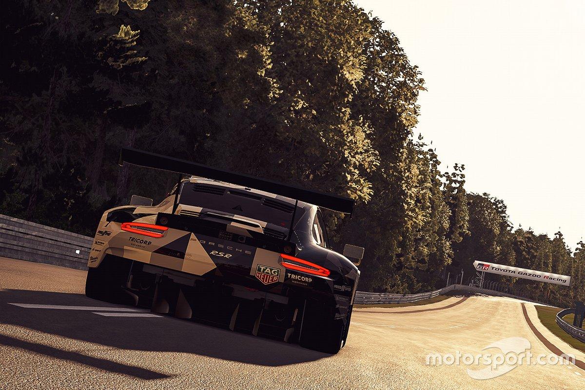 Porsche acciones en la pista al atardecer