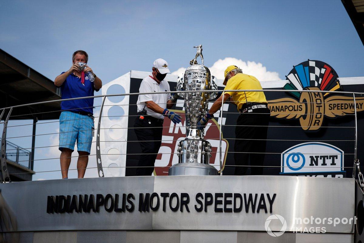 Steve Shunck y el Trofeo Borg-Warner