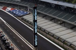 Verizon scoring pylon, Team Penske
