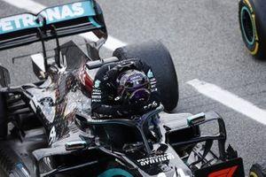 Lewis Hamilton, Mercedes F1 W11 EQ Performance, 1st position, celebrates in Parc Ferme