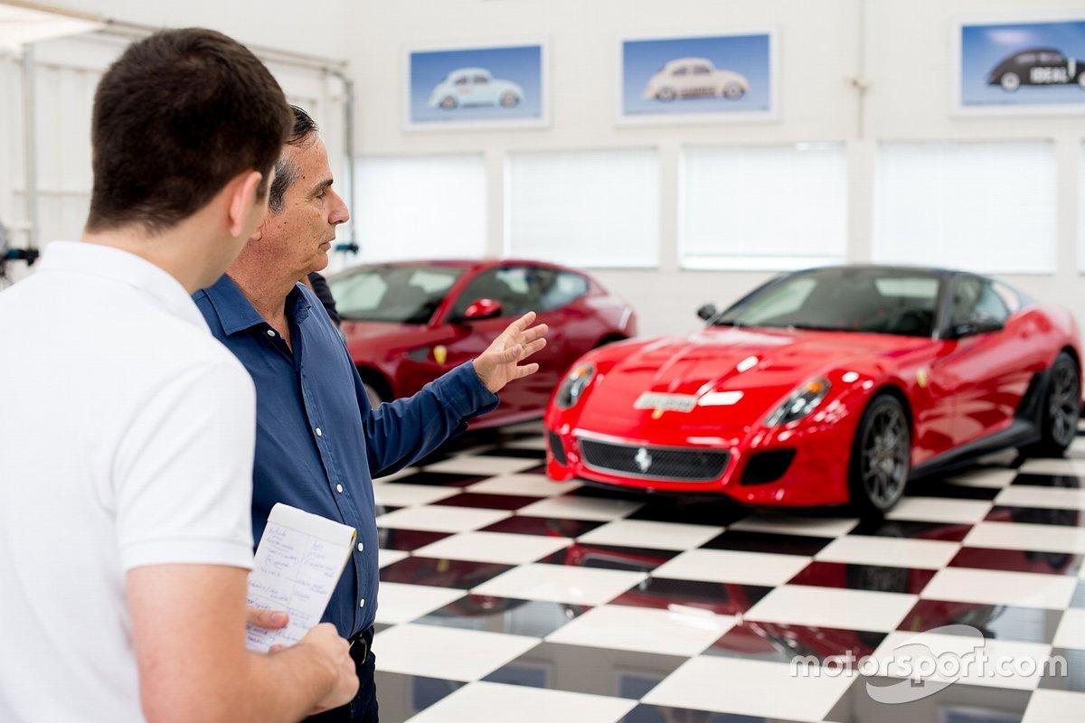 Nelson mostra seus carros