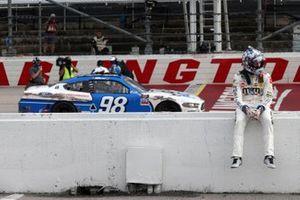 Chase Briscoe, Stewart-Haas Racing, Ford, Kyle Busch, Joe Gibbs Racing, Toyota
