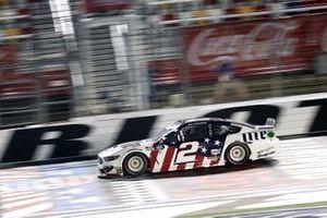 Yarış galibi Brad Keselowski, Team Penske, Ford Mustang