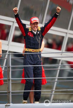 Le vainqueur Sebastian Vettel, Toro Rosso