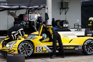 #85 JDC-Miller Motorsports Cadillac DPi, DPi: Stephen Simpson, Tristan Vautier, pit stop