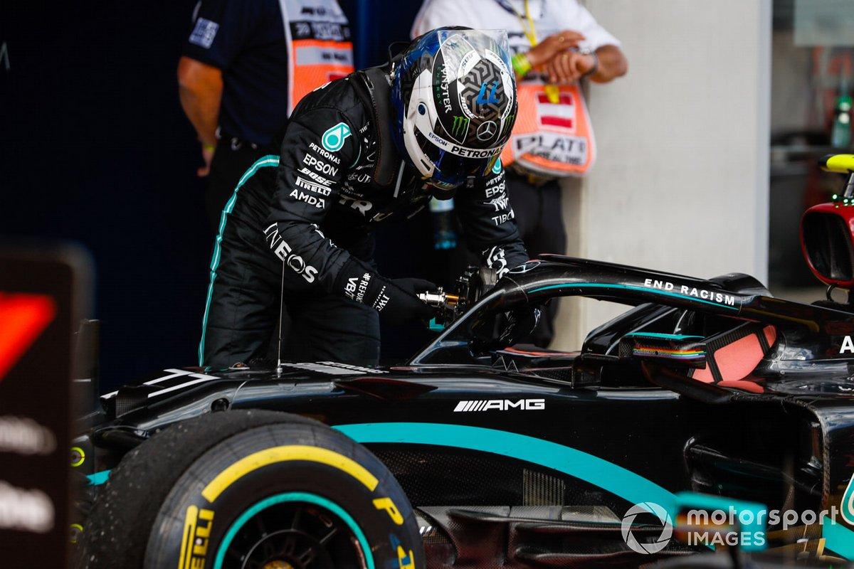 Valtteri Bottas, Mercedes-AMG Petronas F1, en parc ferme