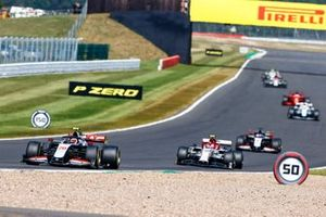 Kevin Magnussen, Haas VF-20, Alex Albon, Red Bull Racing RB16 and Romain Grosjean, Haas VF-20