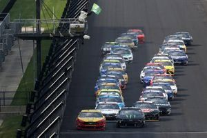 Joey Logano, Team Penske, Ford Mustang, Kurt Busch, Chip Ganassi Racing, Chevrolet Camaro