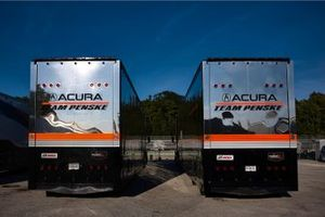 Renntransporter: Acura Team Penske