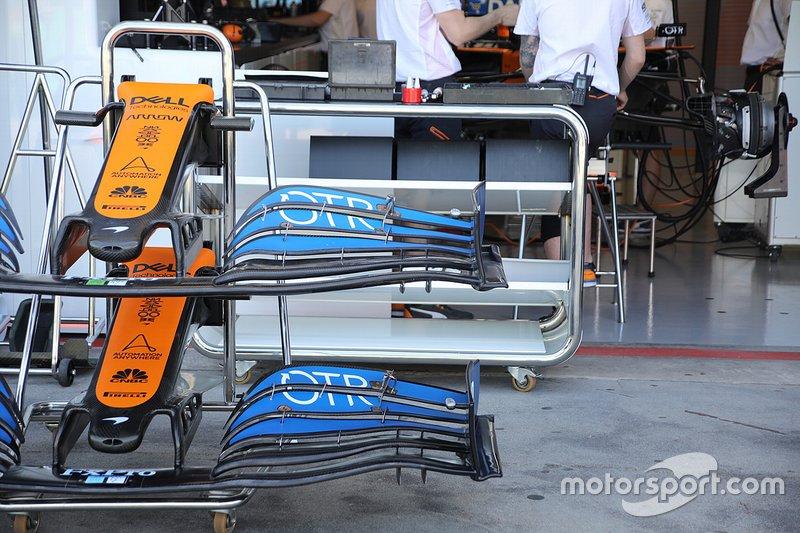 McLaren MCL35, detalle del ala