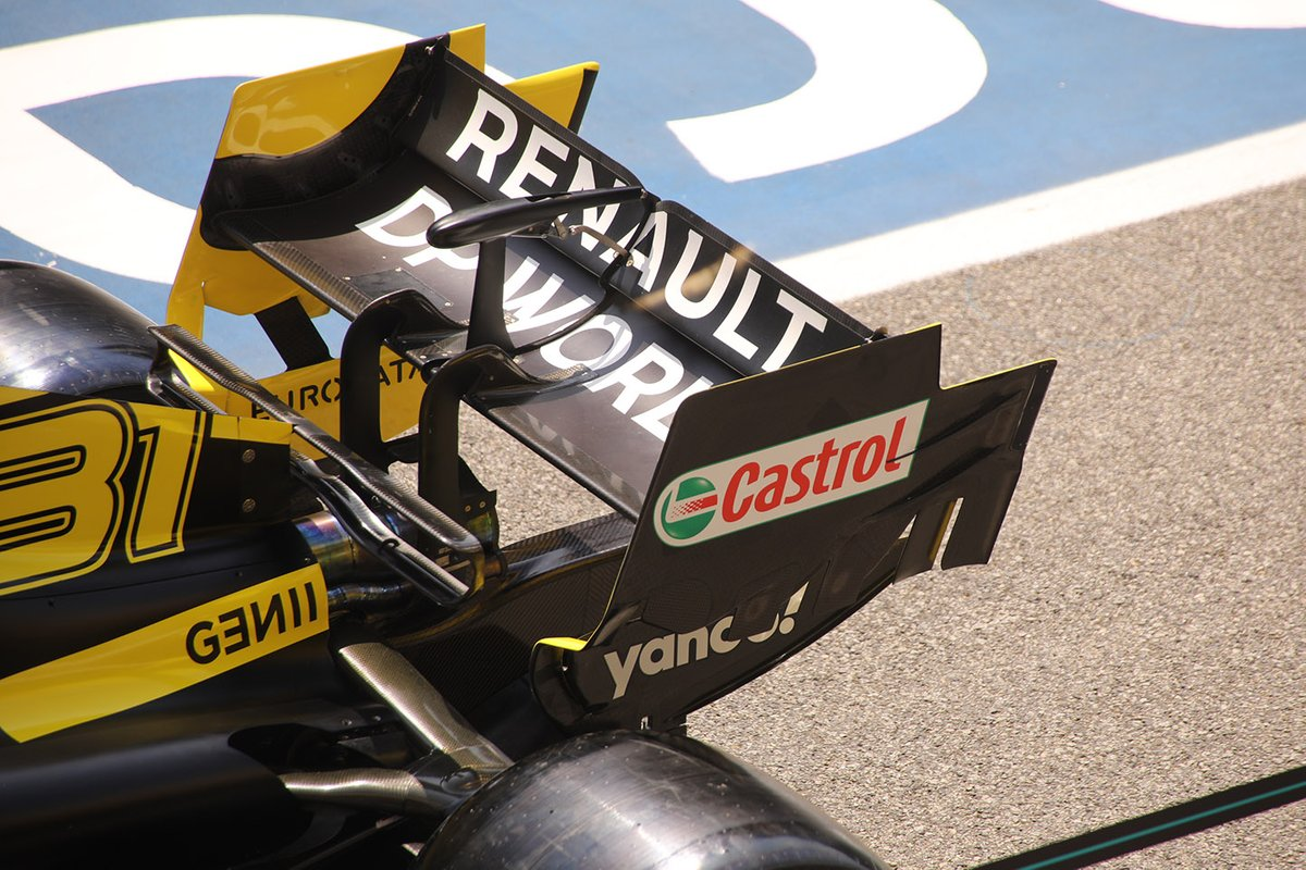 Renault F1 Team R.S.20 rear wing detail