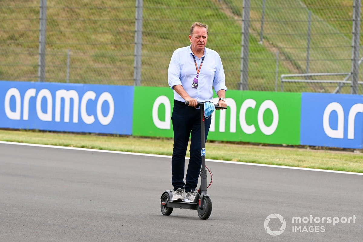 Martin Brundle, Sky TV en un scooter