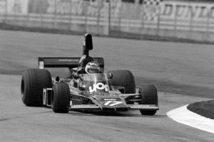 Jean-Pierre Jarier, Shadow DN5