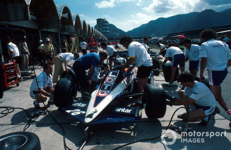 Andrea de Cesaris, Ligier JS23