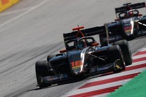 Jack Doohan, HWA Racelab, leads Enzo Fittipaldi, HWA Racelab