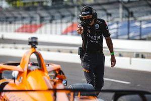Oliver Askew, Arrow McLaren SP Chevrolet, crew member