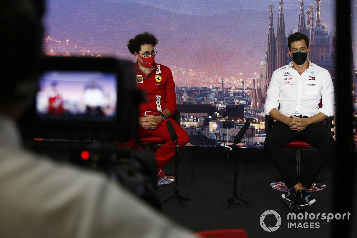 Toto Wolff, Executive Director (Business), Mercedes AMG and Mattia Binotto, Team Principal Ferrari