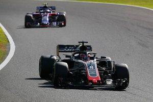 Romain Grosjean, Haas F1 Team VF-18 devant Pierre Gasly, Scuderia Toro Rosso STR13