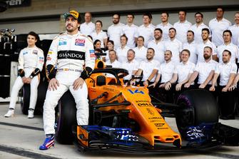 Lando Norris, McLaren, Fernando Alonso, McLaren, and the McLaren team
