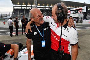Ron Pallatt, McLaren et Josef Leberer, Sauber lors du tour de démonstration des Légendes