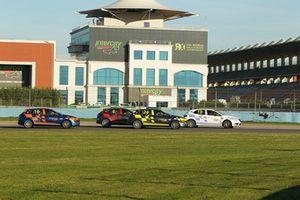 Intercity Megane Cup yarış mücadelesi