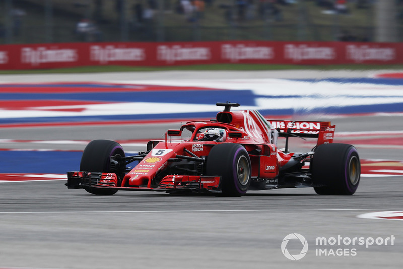 Vettel congratulates Raikkonen for win