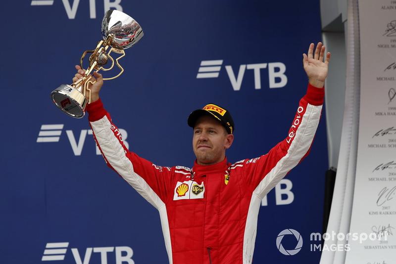 Podio: J tercer lugar Sebastian Vettel, Ferrari
