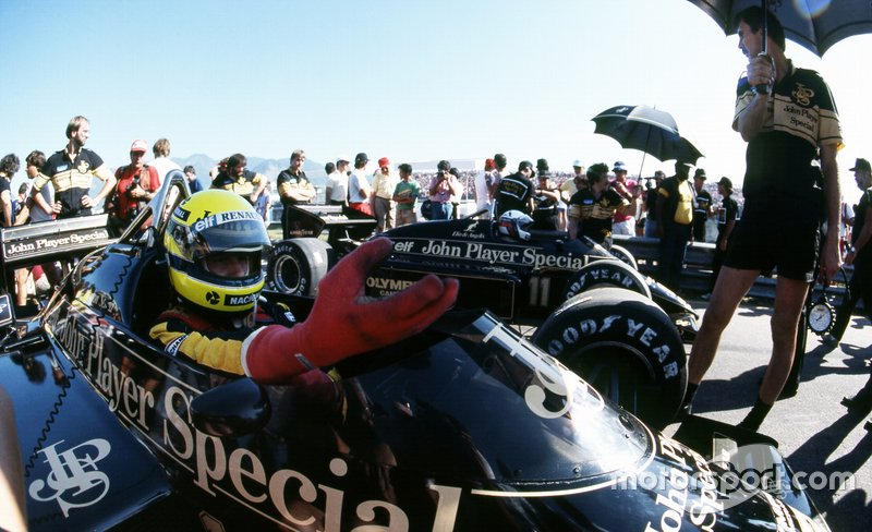 Ayrton Senna, Lotus 97T and team mate Elio de Angelis, Lotus 97T