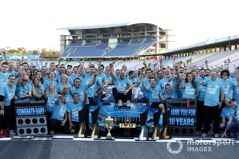 Campeón, Gary Paffett, Mercedes-AMG Team HWA celebra