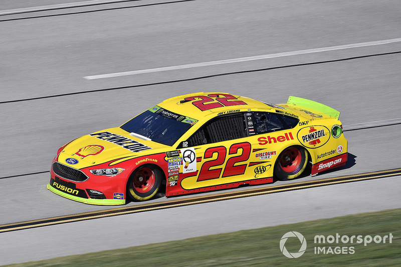 20. Joey Logano, Team Penske, Ford Fusion Shell Pennzoil