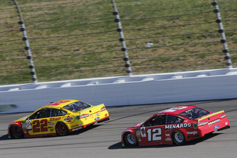 Joey Logano, Team Penske, Ford Fusion Shell Pennzoil, Ryan Blaney, Team Penske, Ford Fusion Menards/Wrangler Riggs Workwear