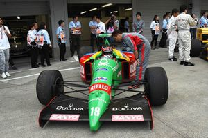 Benetton F1 lors du tour de démonstration des Légendes