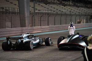 Valtteri Bottas, Mercedes-AMG F1 W09 et le concept-car Mercedes-Benz EQ Silver Arrow