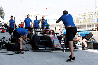 Campos Pitstop practice