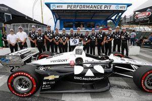 NTT P1 Award Winner Simon Pagenaud, Team Penske Chevrolet celebrates his pole position