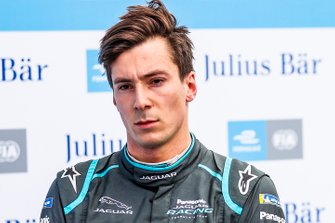 Алекс Линн, Panasonic Jaguar Racing