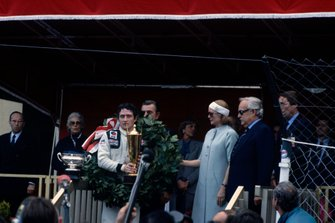 Podyum: Patrick Depailler ve Princess Grace ve Prince Rainier III