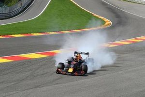 Max Verstappen, Red Bull Racing RB15, spears off the track due to damage caused in a collision with Kimi Raikkonen, Alfa Romeo Racing C38