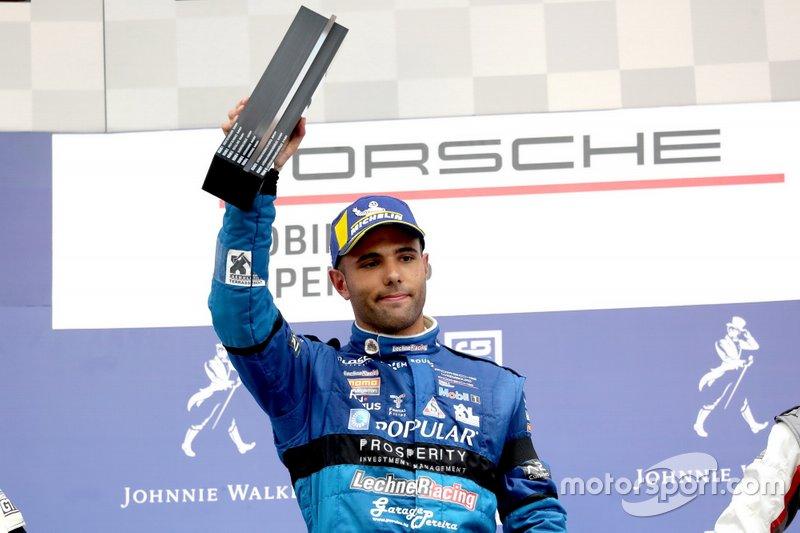 Podio: Il vincitore della gara Dylan Pereira, Momo Megatron Lechner Racing