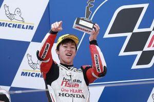 Podio: secondo classificato Ai Ogura, Honda Team Asia