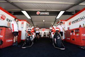 Somkiat Chantra, Honda Team Asia, Izdihar, bikes
