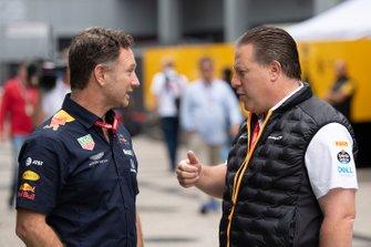 Christian Horner, Team Principal, Red Bull Racing, and Zak Brown, Executive Director, McLaren